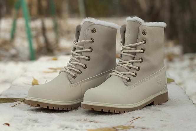 a1c9514d0e57 Женские зимние ботинки Timberland Teddy Fleece – это одна из самых  популярных моделей бренда. Утонченный силуэт, изысканный дизайн ...